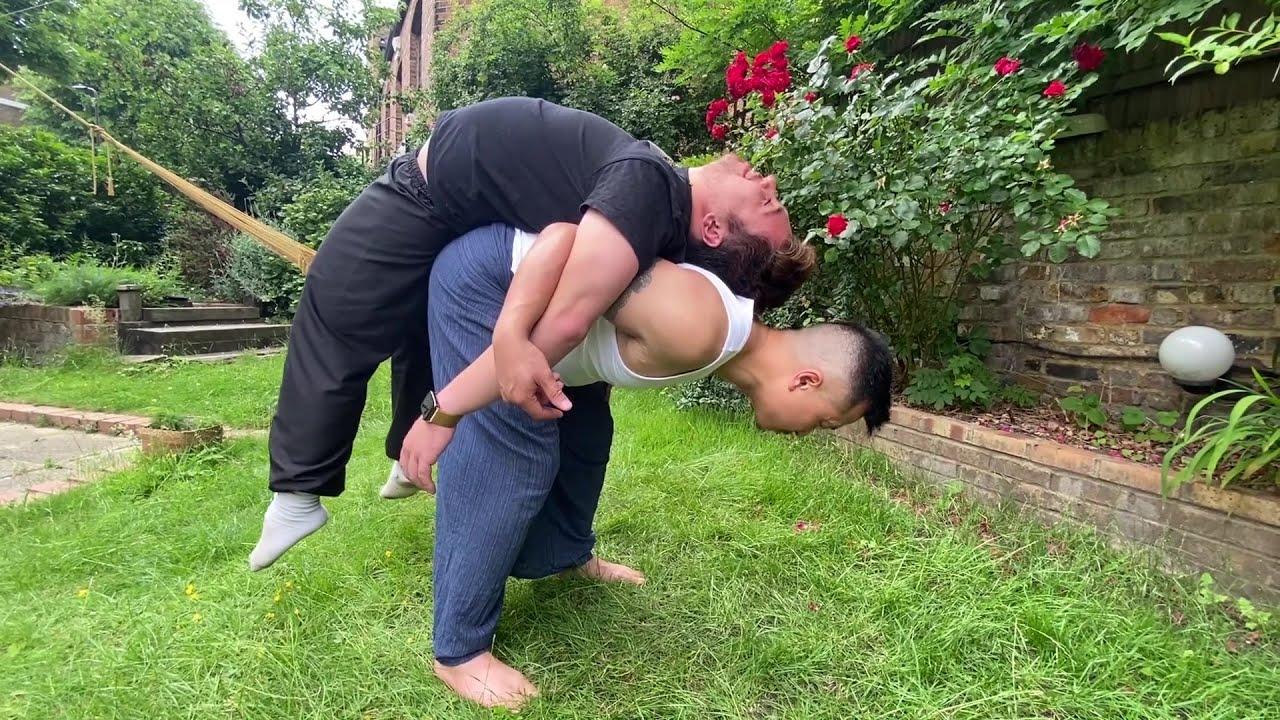 ASMR Outside Educational Massage - P2 YOUTUBER RAY ROBERTS - Pay It Forward - Tao Chi Kai