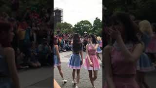 New York Street Performance of Korean kpop dancing.