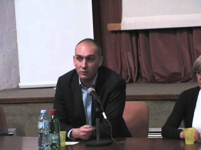 Dr Veljko Krstonosic o lokalnim izborima, mitinzima i cepanju DS-a