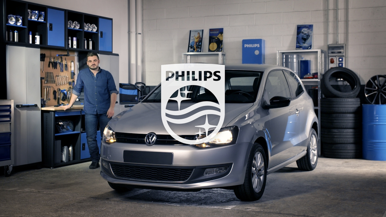how to replace headlight bulbs on your volkswagen polo v philips automotive lighting youtube. Black Bedroom Furniture Sets. Home Design Ideas