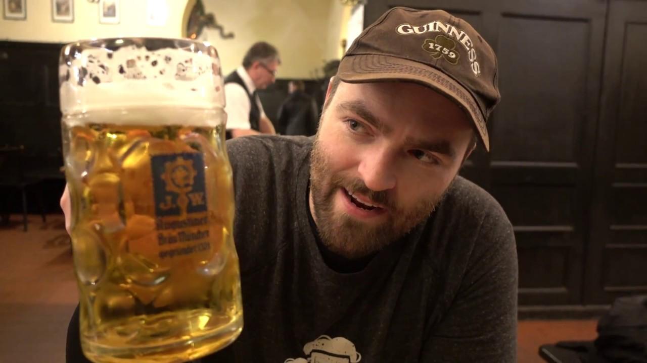 augustiner br u in munich germany ma beer helles lager dunkel eating german sausage. Black Bedroom Furniture Sets. Home Design Ideas