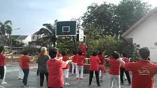 Senam sehat oleh Mama Hao Pang di lapangan basket TPL Blok A RW 16 Cengkareng Barat 04