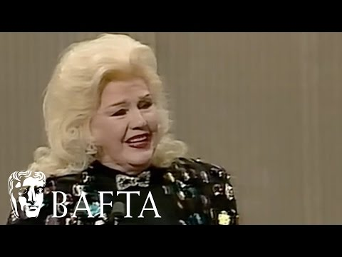 Ginger Rogers Receives a Standing Ovation in 1986