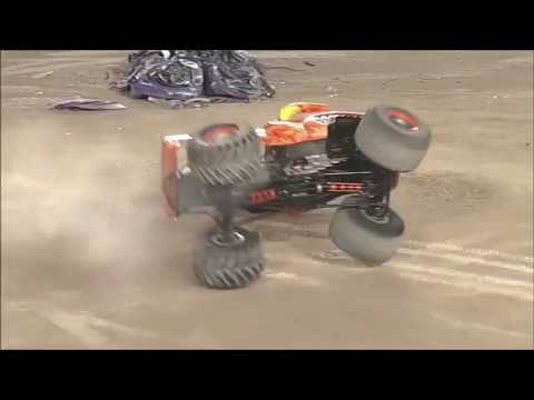 Monster Truck Music Video - Bodies (Drowning Pool)