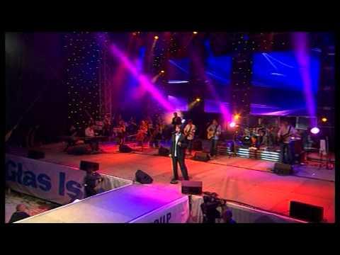 Zdravko Colic - Sacuvaj Me Boze Njene Ljubavi - (LIVE) - (Pulska Arena 02.07.2008.)