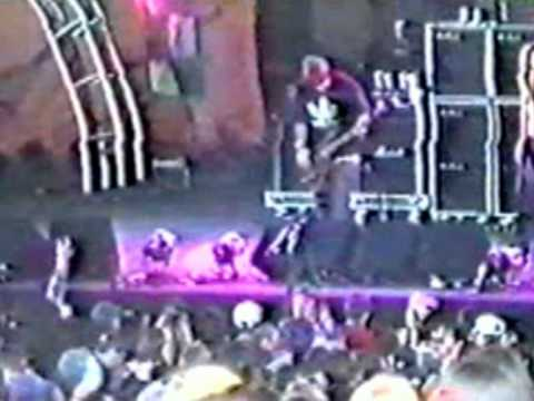 """Korn - Chi - Tinley Park, IL - USA : """"World Music Center"""" - May 26th 1996"""