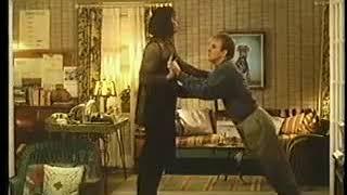 Совершенно чокнутый (1994) - Трейлер. Mixed Nuts