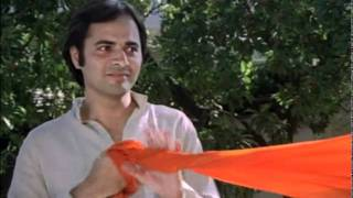 Unmatched Comedy Scene - Sulbha Deshpande and Farooq sheikh - Bazaar