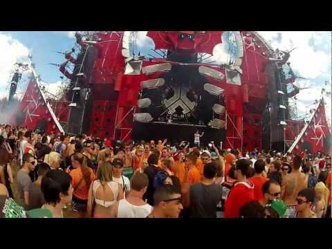 DEFQON1 Australia - Showtek Electronic Stereo Phonic