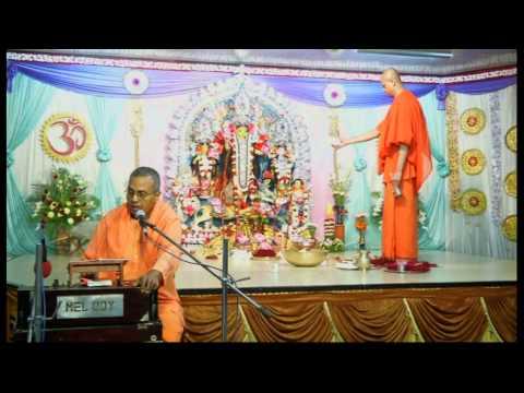 Aigiri Nandini Nanditha Medini - Arati Song @ Sri Durga Puja 2014 (Mahashtami)