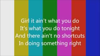 Usher (feat. Nicki Minaj) - She Came to Give It to You (Lyrics)
