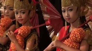 Video TARI BONDAN SANGGAR SENI DHARMOYUWONO download MP3, 3GP, MP4, WEBM, AVI, FLV Juni 2018