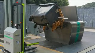 Robots used to unload garbage in China's Shenzhen