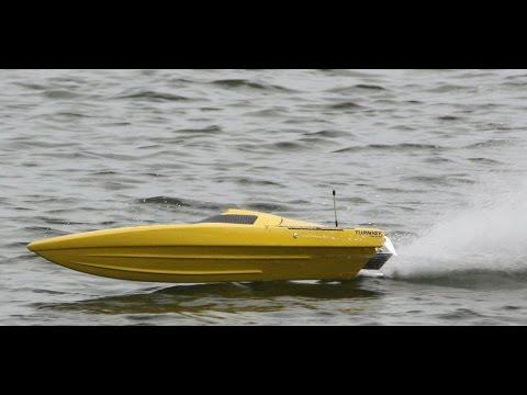 Eton Lakes 11 December - rc boats - south of Manila
