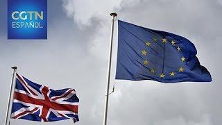 """Reino Unido y la UE discuten asuntos clave como la factura del """"divorcio"""""""