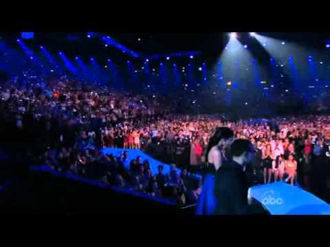 The Whitney Houston Tribute    at 2012 Billboard Music Awards