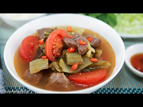 Beef Shank and Pickled Mustard Greens Soup (Canh Dua Cai Chua Bap Bo)