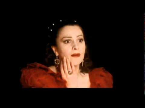 Puccini - Tosca - Vissi d´arte - Angela Gheorghiu as Tosca