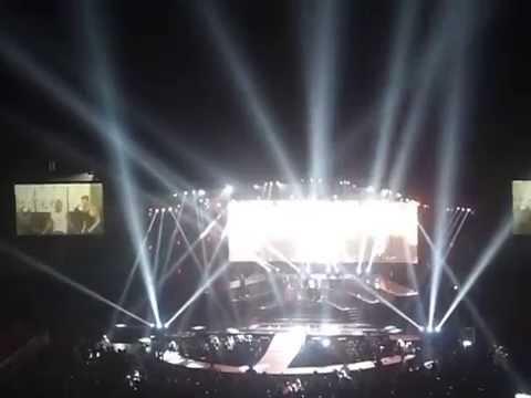 Backstreet Boys In A World Like This 2014 - London O2 - 12 [Everybody (Backstreet's Boy)]