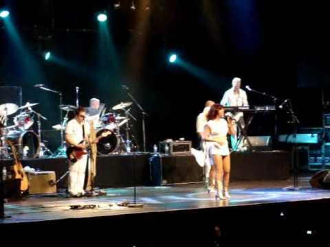 Abba live in Brazil (Dancing queen) - 14.05.2010.wmv