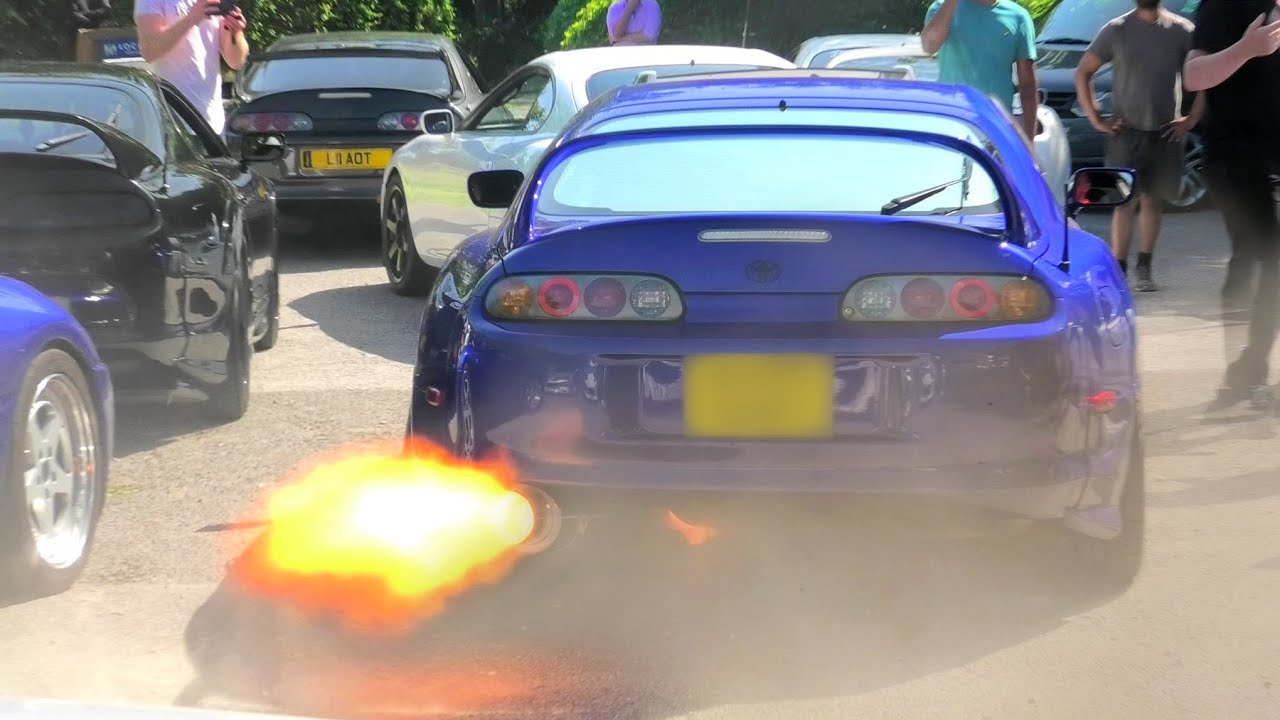 Supra BLOWS EXHAUST OFF During FLAME BATTLE!