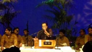 Rahat Fateh Ali Khan - O re Piya (Aaja Nachle) Live in Holland