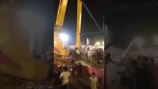 Askari park ride falling (raw video)