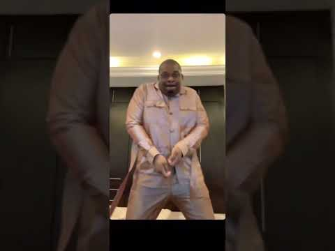 Don Jazzy with the 🕺🏽🔥🕺🏽🔥 to #Gockam by Crayon