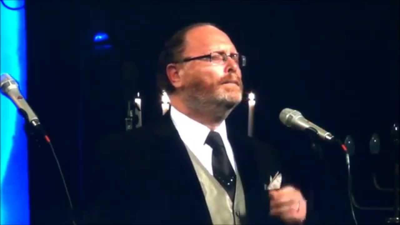 Cantor Yaakov Motzen sings Hashir Shaleviim Gentshof