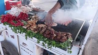 Download Video شواية مصران البقر ♥ مأكولات الشارع من المغرب MP3 3GP MP4