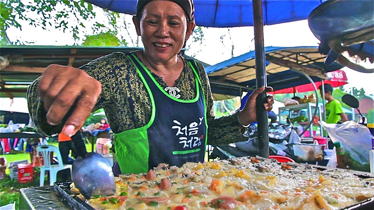 Muslim Thai Street Food Tour In Thailand A Halal Food Market In Country Thailand