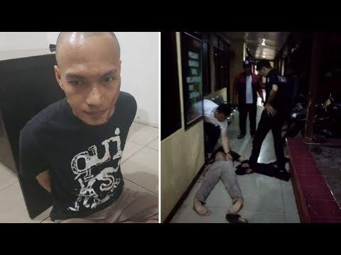 BREAKING NEWS: Mapolsek Metro Penjaringan Diserang Pria Bersajam, Seorang Polisi Terluka Mp3