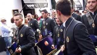 Испанские женихи в бесчисленном количестве. Шествие в Севилье.
