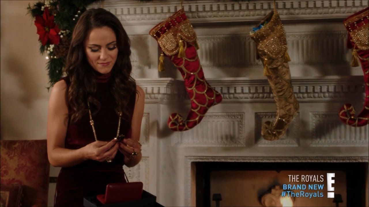 HD The Royals unwrap their Christmas presents - 3x06 - YouTube