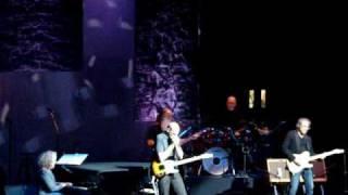 Steamroller Blues James Taylor & Carole King Christchurch 8th April 2010 Troubadour Reunion tour