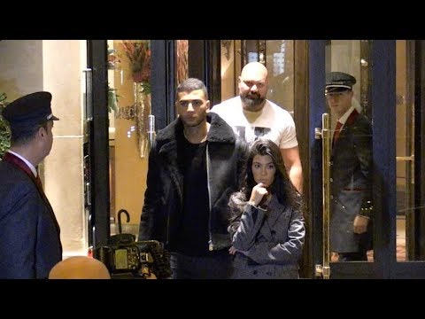 EXCLUSIVE :  Kourtney Kardashian and boyfriend Younes Bendjima go for romantic diner together in Par