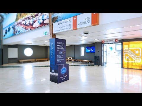 Tourists Arriving to Tallinn Given Free Hi-Viz Reflectors