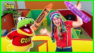 Box Fort Maze Giant Colors Toy Hunt and  Learn colors with Rainbow Rae