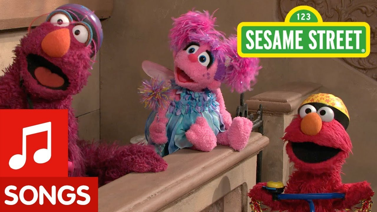 Watch free educational videos and singalongs with your favorite Sesame Street friends
