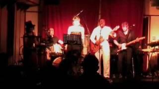 """Vydiss (1) performing live """"Ewande"""" @ Boer"""