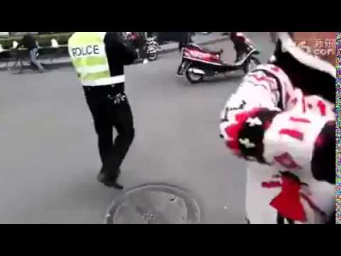 china gangster attack police