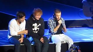 Ed Sheeran Surprise fans in One Direction live Show _ Full video HD