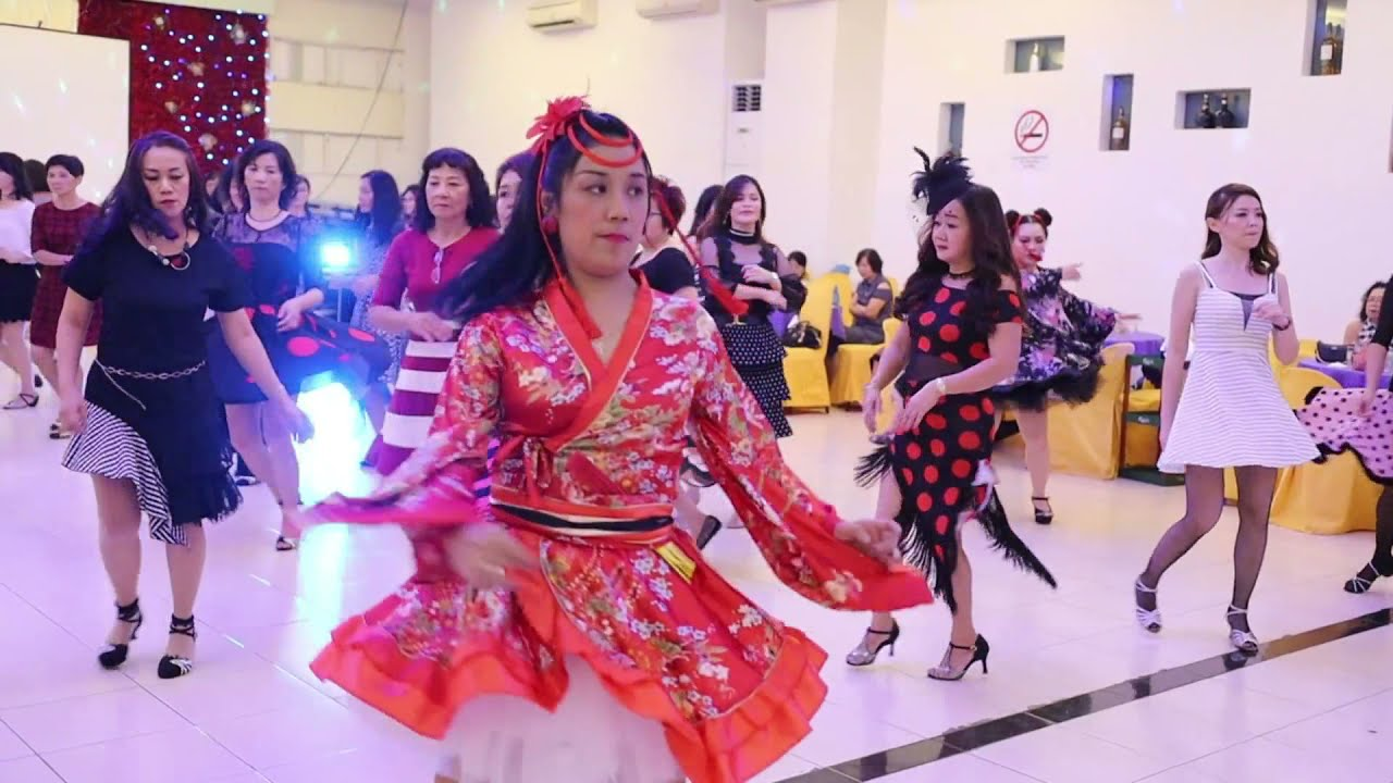 Download RELAXING, ENJOY DANCING PERFOMANCE