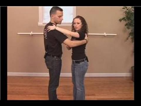 Merengue Dance Steps : Merengue Partner Basics