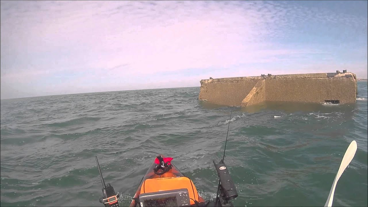 P che en kayak port artificiel d 39 arromanches 1944 dorade grise en drop shot avec canne ioda - Port artificiel d arromanches construction ...