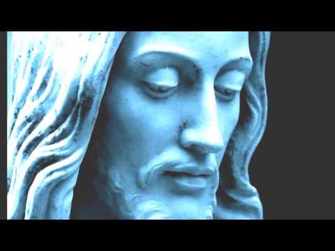Jesus Statue Comes To  Life