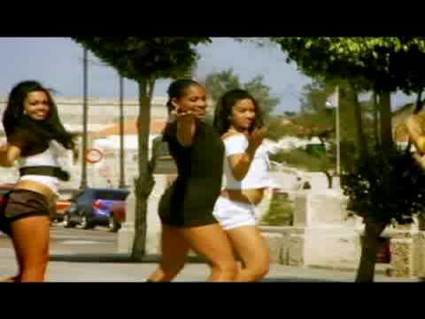 Bamboleo with the Key2Cuba Dancers - La Que Manda (Mujeres)