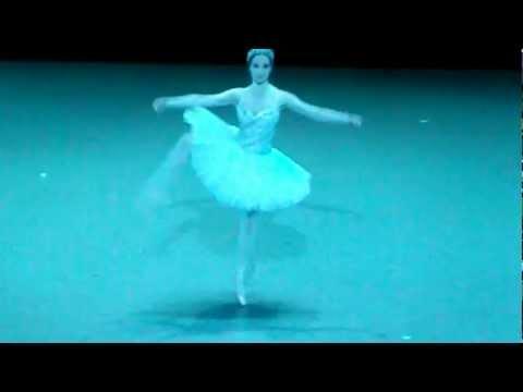 Variation de la première ombre - Sarah Kora Dayanova - La Bayadère - Opéra Bastille 11/04/12