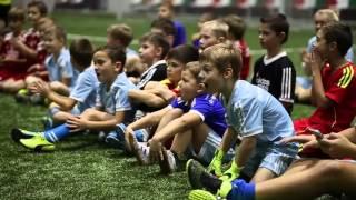 Футбольный фристайл для детей на тренировках Ангелболл