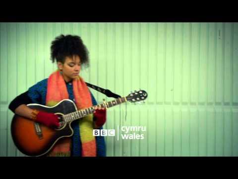 Busker teaser trailer - 6 Nations 2014 - BBC Cymru Wales